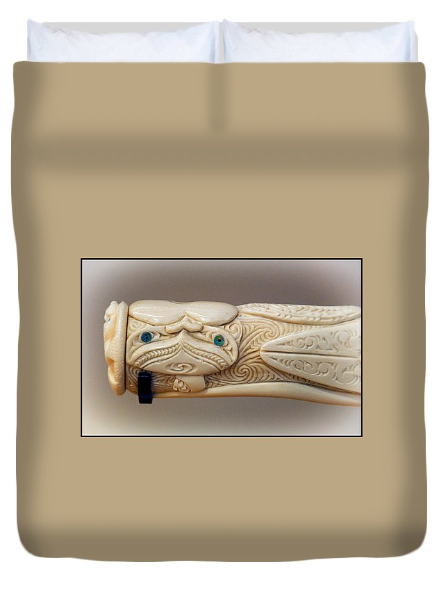 Ivoy Duvet Cover featuring the photograph Flute Detail by Diane Wood
