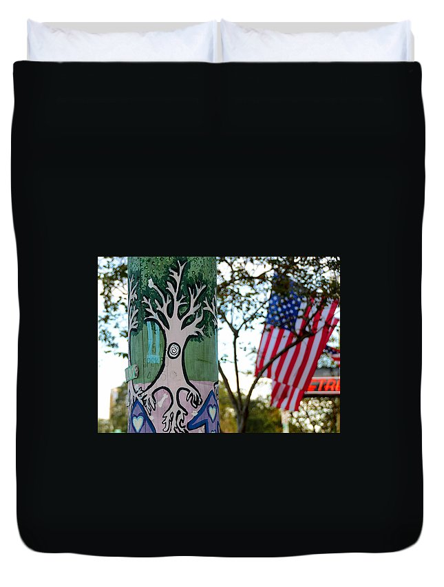 Fine Art Photography Duvet Cover featuring the photograph Freedom Of Expression by David Lee Thompson