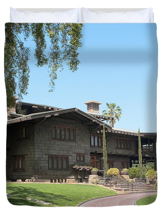 Gamble House Duvet Cover featuring the photograph Gazing At The Gamble by Lorraine Devon Wilke