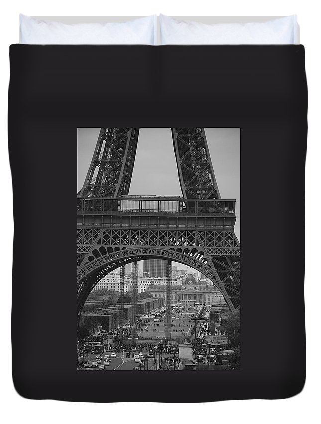 Eiffel Tower Duvet Cover featuring the photograph Gigantic by Eric Tressler