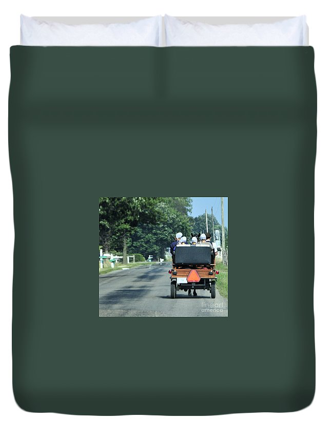 Chauffeur Duvet Cover featuring the photograph Girls And Chauffeur by David Arment