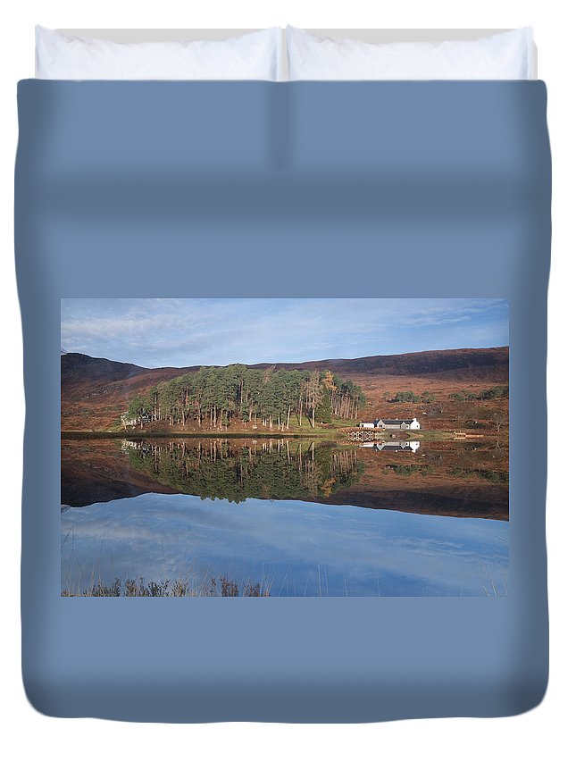 Glen Affric Duvet Cover featuring the photograph Glen Affric Reflections by Howard Kennedy