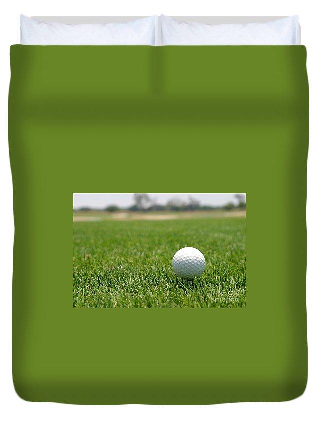 Background Duvet Cover featuring the photograph Golf Ball by Henrik Lehnerer
