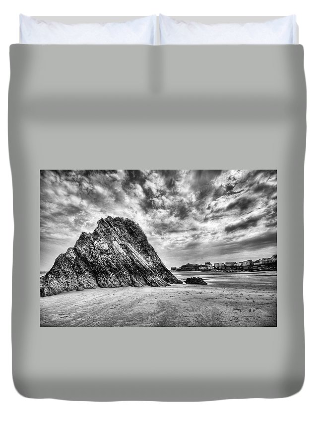 Goscar Rock Tenby Duvet Cover featuring the photograph Goscar Rock Tenby 2 Mono by Steve Purnell