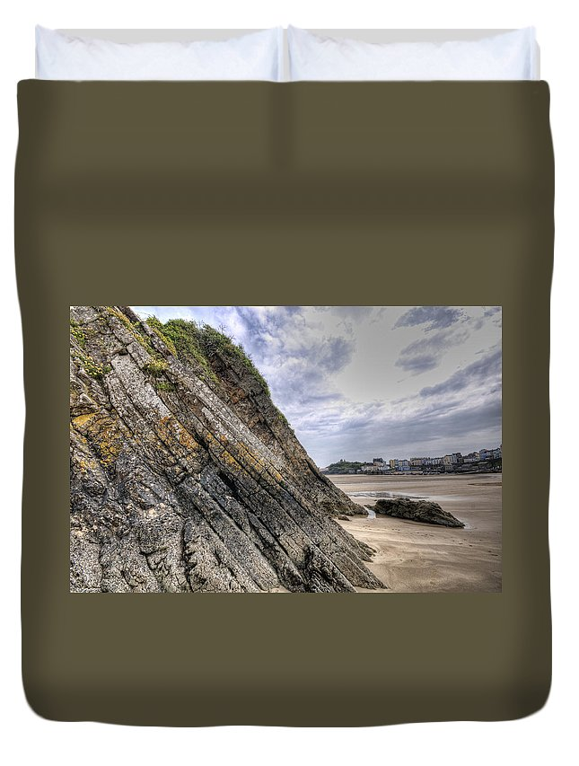 Goscar Rock Tenby Duvet Cover featuring the photograph Goscar Rock Tenby 3 by Steve Purnell