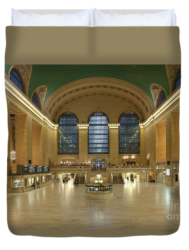 Clarence Holmes.america Duvet Cover featuring the photograph Grand Central Terminal I by Clarence Holmes