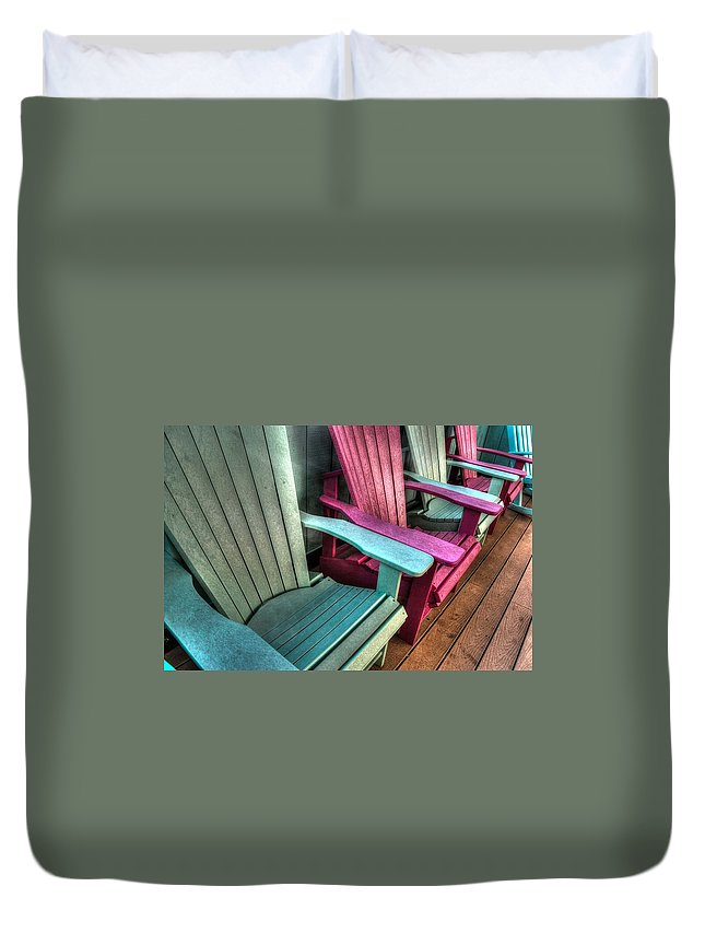 Alabama Photographer Duvet Cover featuring the digital art Green Red Overhead by Michael Thomas