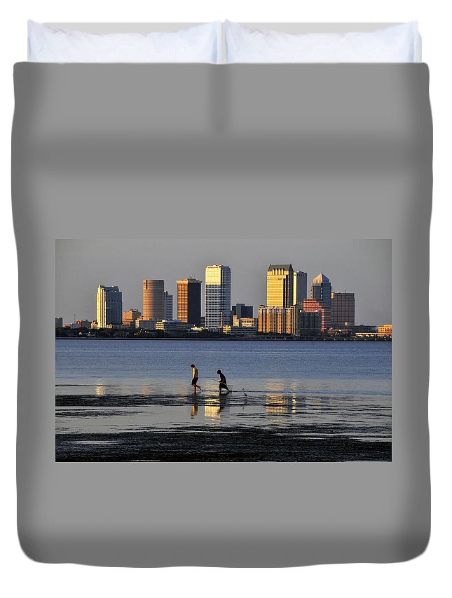 Fine Art Photography Duvet Cover featuring the photograph Growing Up Tampa Bay by David Lee Thompson