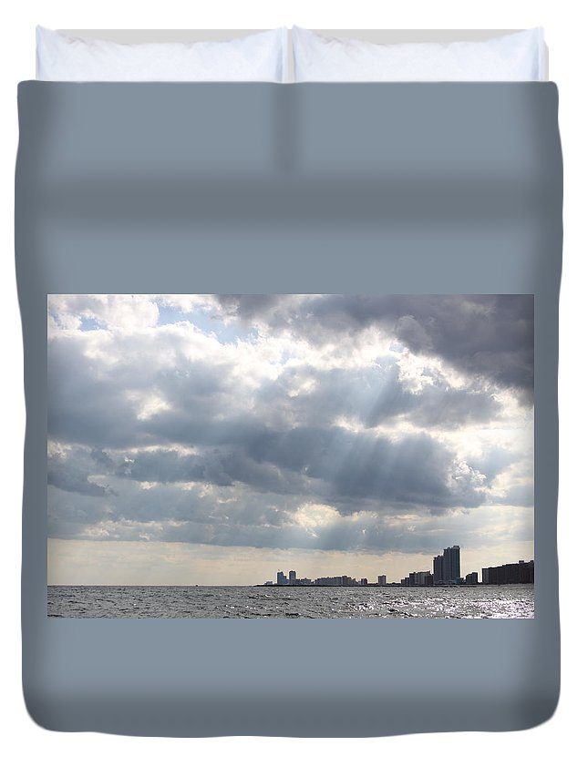 Gulf Of Mexico Duvet Cover featuring the photograph Gulf Of Mexico - Gulf Sunshine by Travis Truelove