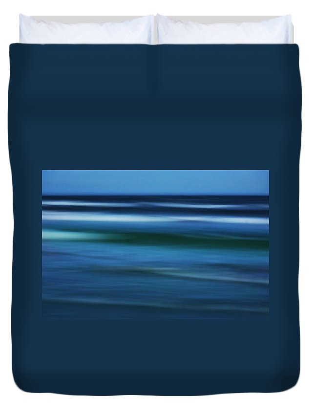 Corpus Christi Duvet Cover featuring the photograph Gulf Of Mexico by Marilyn Hunt