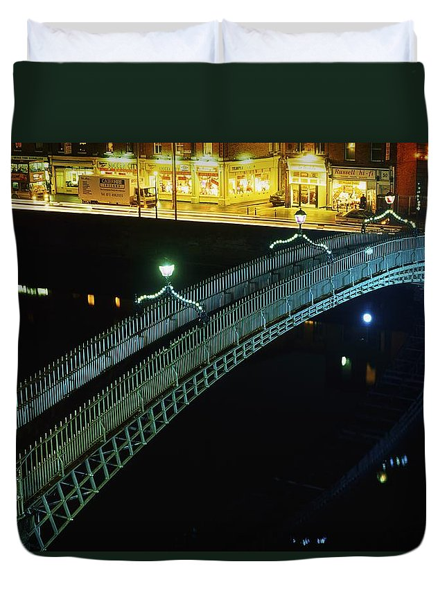 Canal Duvet Cover featuring the photograph Hapenny Bridge, Dublin City, Co Dublin by The Irish Image Collection