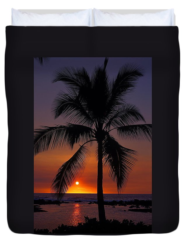 Sunset Duvet Cover featuring the photograph Hawaiian Sunset by Sally Weigand