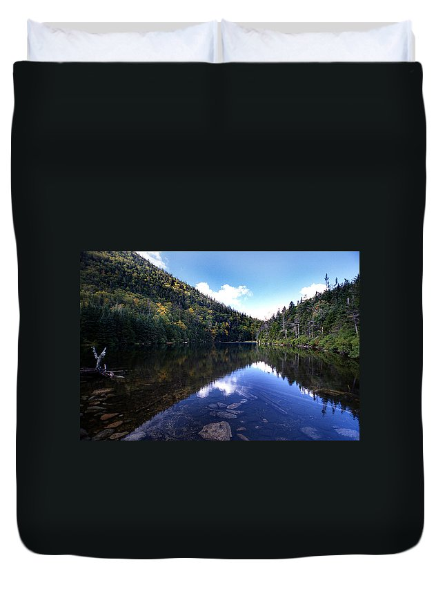Pond Duvet Cover featuring the photograph Hidden Mountain Pond by Skip Willits