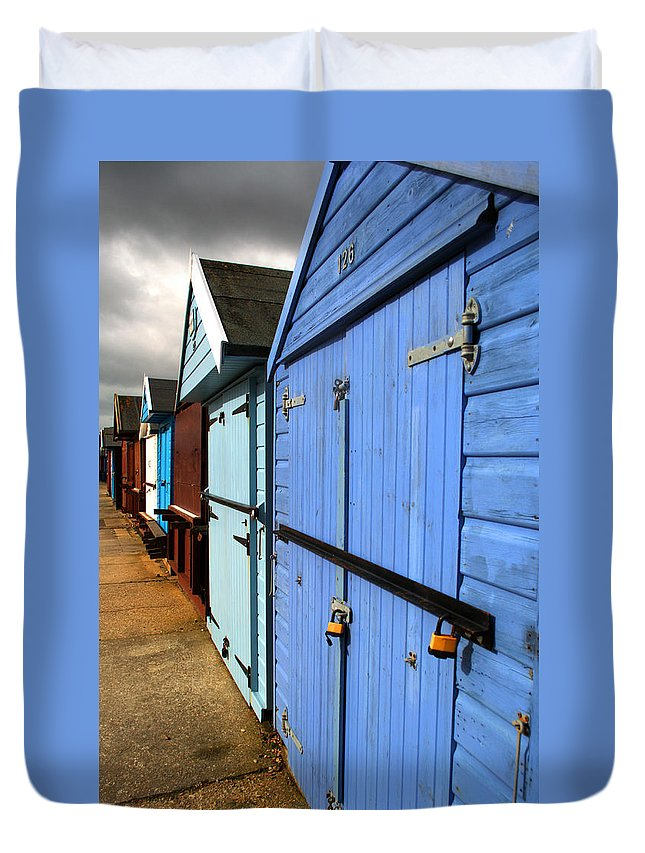 Beach Hut Duvet Cover featuring the photograph Highcliffe Beach Huts by Chris Day