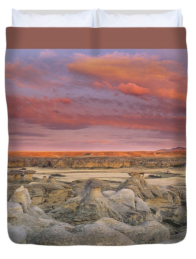 Light Duvet Cover featuring the photograph Hoodoos, Milk River Badlands, Writing by Darwin Wiggett