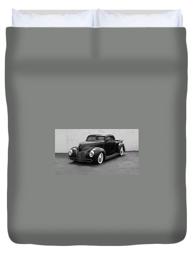 Hot Rod Duvet Cover featuring the photograph Hot Rod Pick Up by Rob Hans