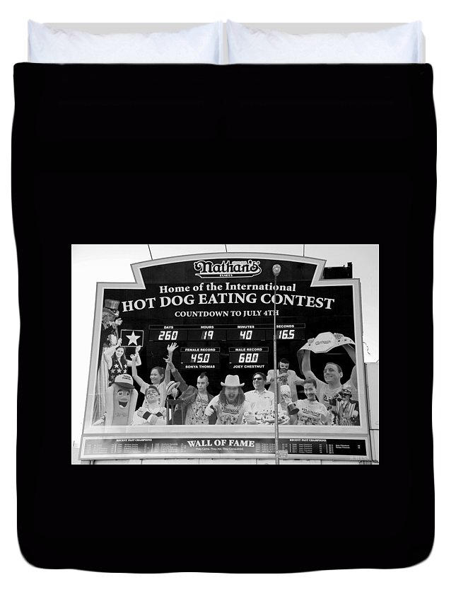 Brooklyn Duvet Cover featuring the photograph Hotdog Eating Contest Time In Black And White by Rob Hans