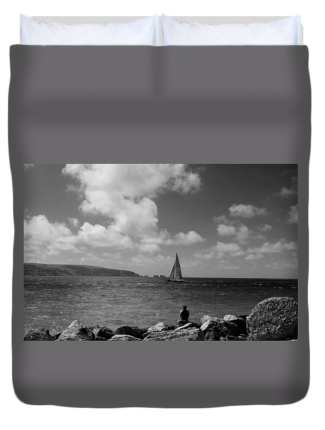 Hurst Point Duvet Cover featuring the photograph Hurst Point Watching Bw by David French