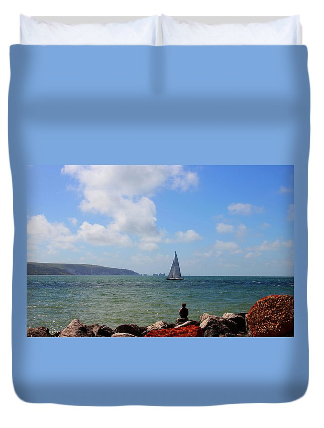 Hurst Point Duvet Cover featuring the photograph Hurst Point Watching by David French