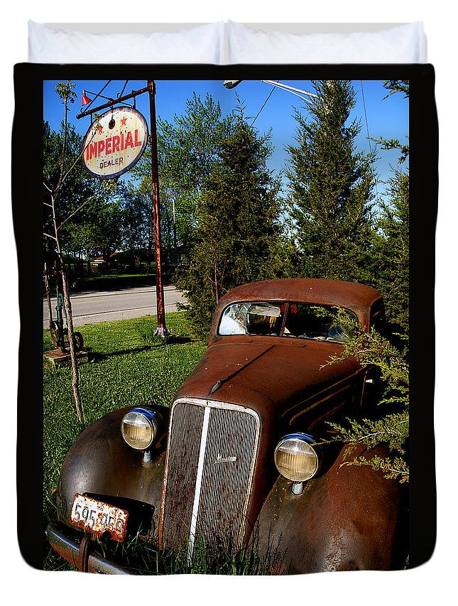 Car Duvet Cover featuring the photograph Imperial Dealer by Cale Best