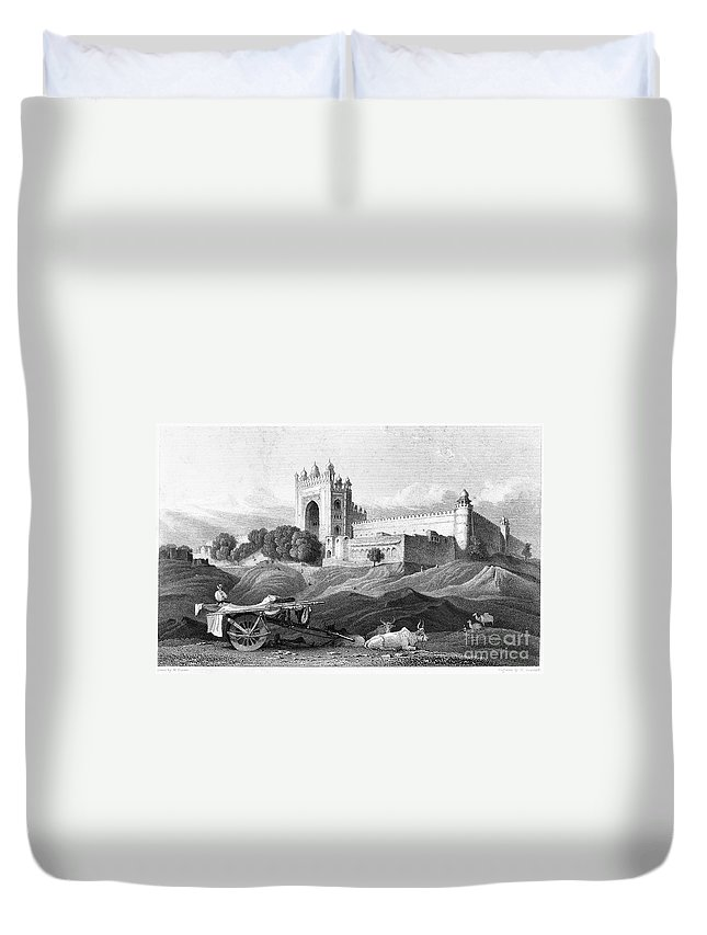 16th Century Duvet Cover featuring the photograph India: Fatehpur Sikri, C1860 by Granger