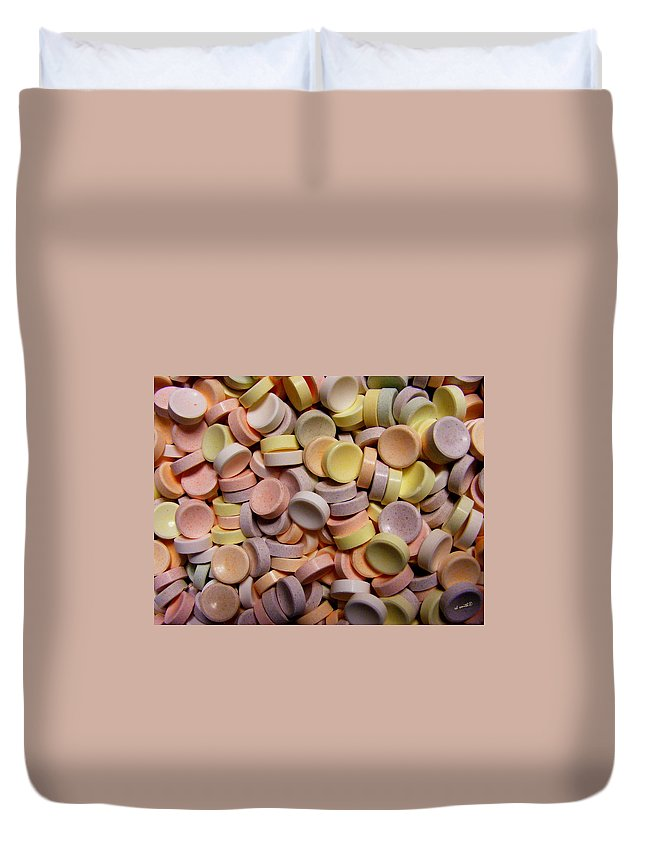 Intelligence Enhancers Duvet Cover featuring the photograph Intelligence Enhancers by Ed Smith