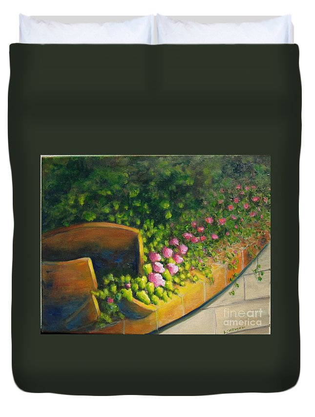 Pottery Duvet Cover featuring the painting Free To Roam by Laurie Morgan