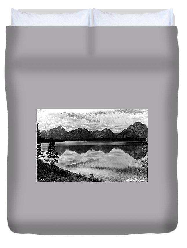 Yellowstone Duvet Cover featuring the photograph Jackson Lake Wyoming by Bonfire Photography