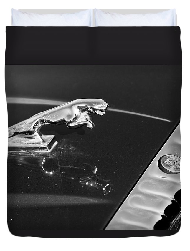 Auto Duvet Cover featuring the photograph Jaguar Hood Ornament In Black And White by James BO Insogna