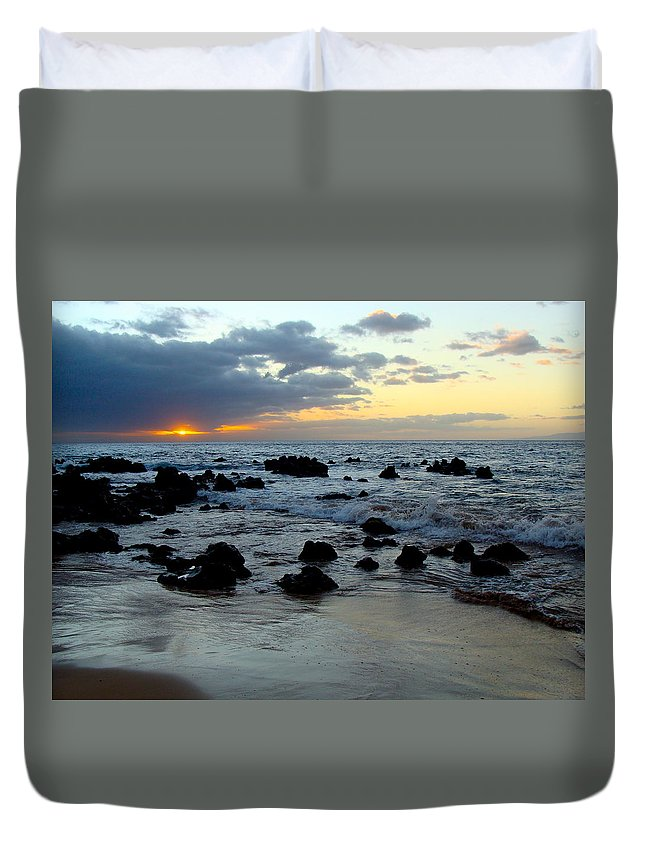 Keaweakapu Duvet Cover featuring the photograph Keaweakapu Beach Sunset by Karon Melillo DeVega