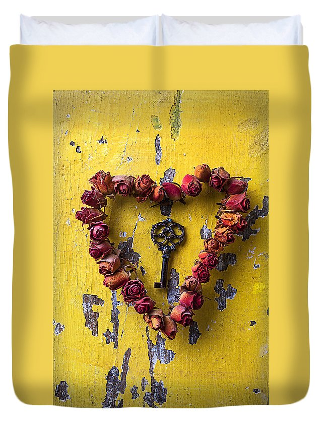 Love Rose Heart Wreath Key Duvet Cover featuring the photograph Key To My Heart by Garry Gay