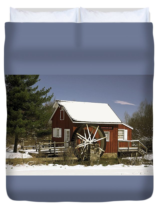 Kimberton Mill Duvet Cover featuring the photograph Kimberton Mill by Sally Weigand