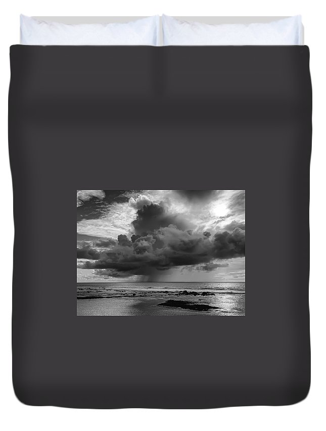 Squall Duvet Cover featuring the photograph Kona Coast Squall - Big Island Hawaii by Daniel Hagerman
