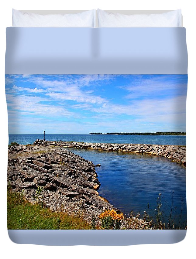 Lake Duvet Cover featuring the photograph Lakeside Bend by Davandra Cribbie