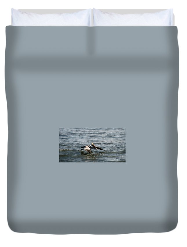 Ga Duvet Cover featuring the photograph Landing by Ericamaxine Price