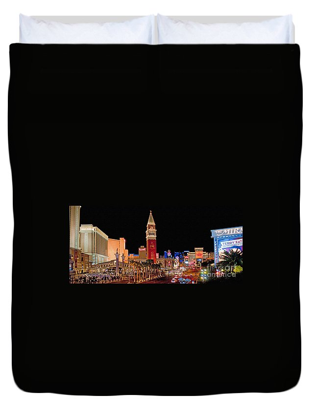Nevada Duvet Cover featuring the photograph Las Vegas Canvas Panorama by Jim Chamberlain