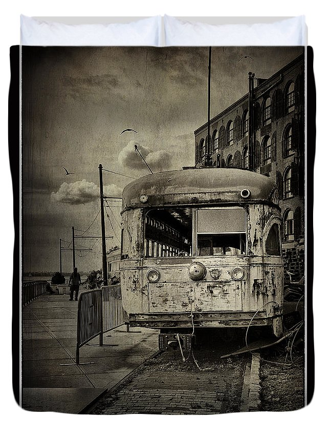 Bus Duvet Cover featuring the photograph Last Stop by Madeline Ellis
