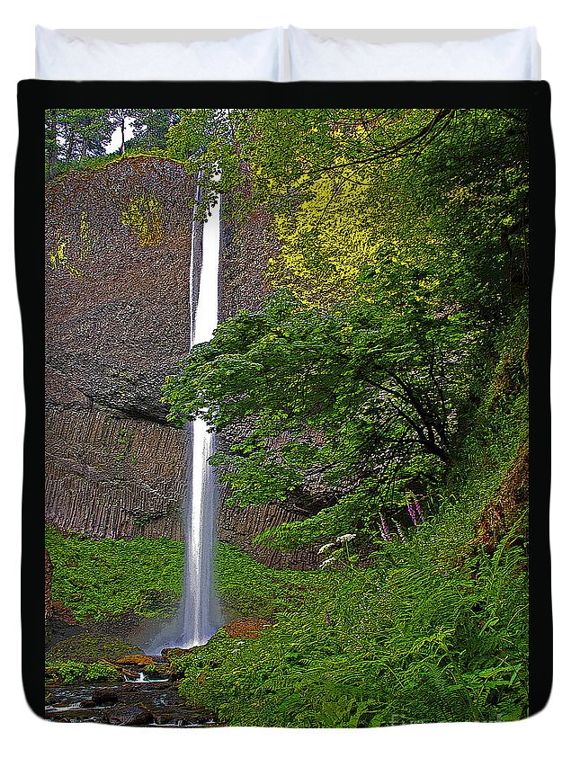 Oregon Duvet Cover featuring the photograph Latourell Falls Oregon - Posterized by Rich Walter