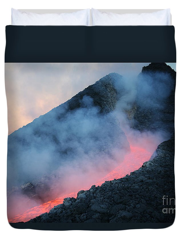Flowing Duvet Cover featuring the photograph Lava Flowing From Base Of Hornito by Richard Roscoe