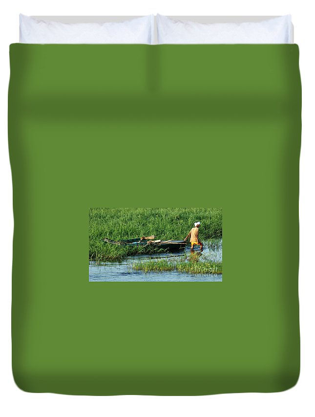 Egypt Duvet Cover featuring the photograph Life Along The Nile by Vivian Christopher