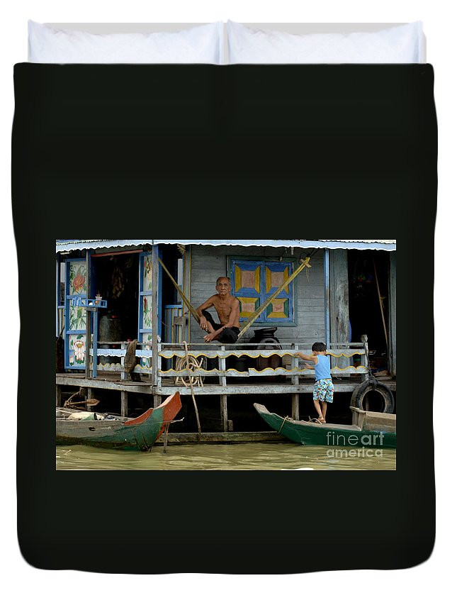 Travel Duvet Cover featuring the photograph Life On Lake Tonle Sap 8 by Bob Christopher