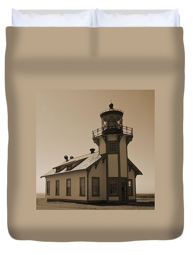 Light House Duvet Cover featuring the photograph Light House 3 by Pam Holdsworth