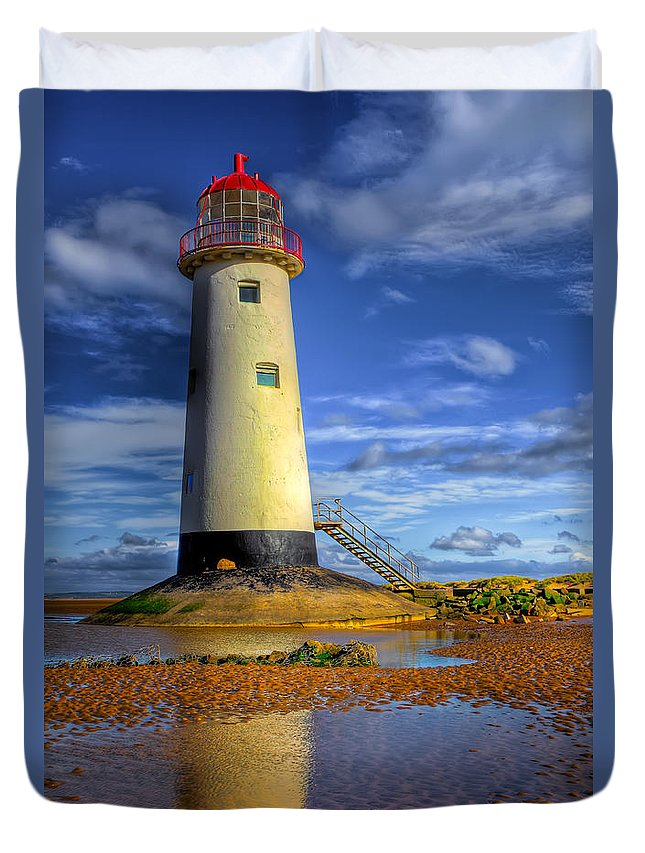 Beach Duvet Cover featuring the photograph Lighthouse by Adrian Evans