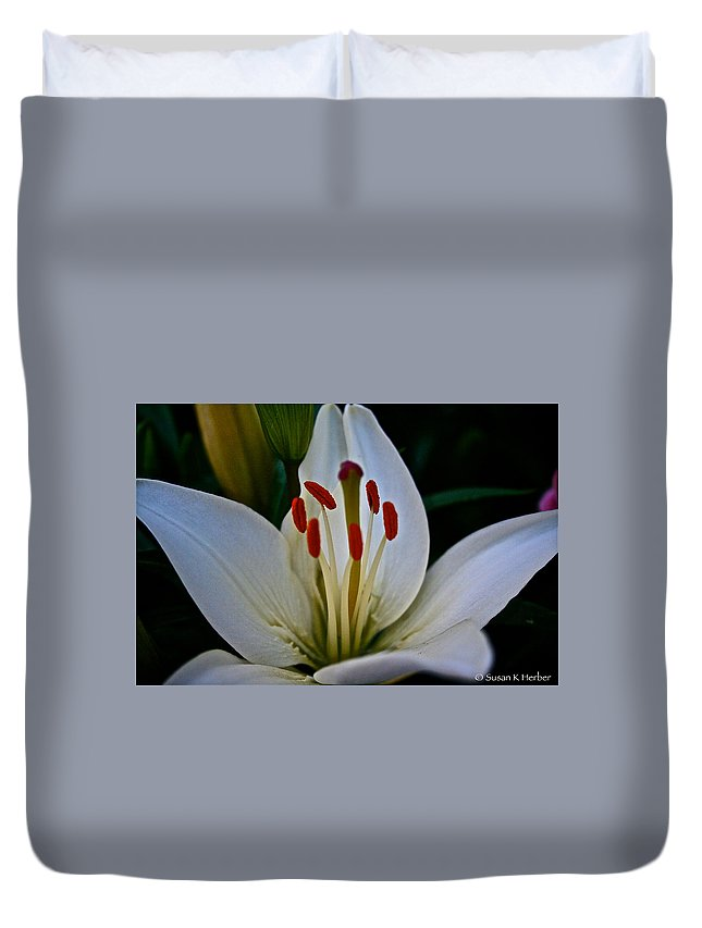 Outdoors Duvet Cover featuring the photograph Lilly White by Susan Herber