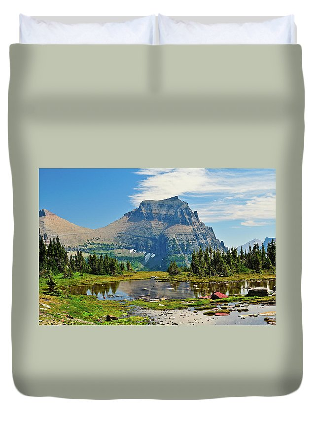 Glacier National Park Duvet Cover featuring the photograph Logan Pass by Greg Norrell