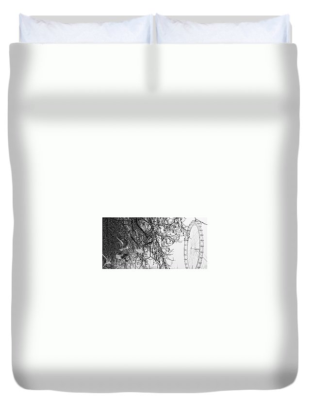 London Duvet Cover featuring the photograph London Eye And Gulls by David Resnikoff