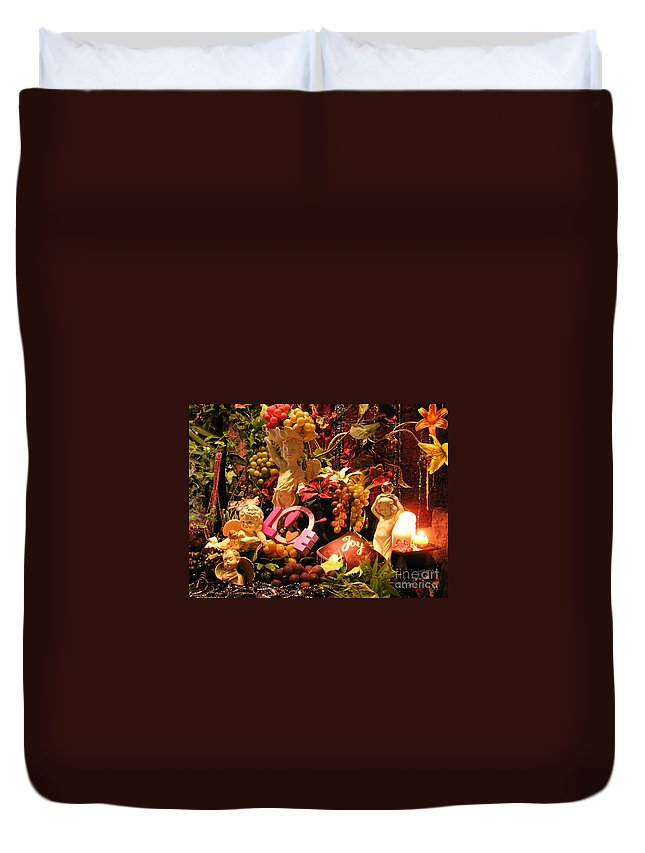 Love Duvet Cover featuring the photograph Love And Joy by Anthony Wilkening