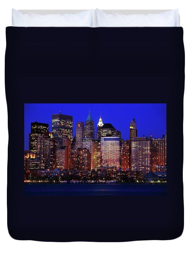 Manhattan Duvet Cover featuring the photograph Lower Manhattan by Rick Berk