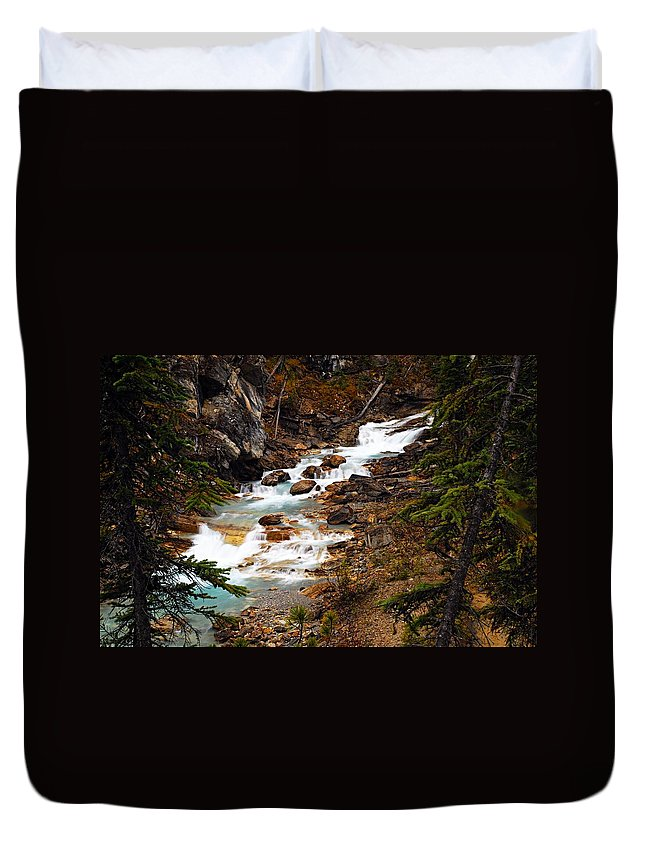 Twin Falls Duvet Cover featuring the photograph Lower Twin Falls by Larry Ricker