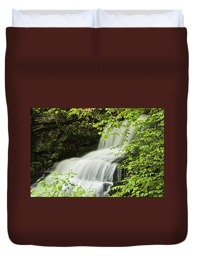 Loyalsock Duvet Cover featuring the photograph Loyalsock Waterfall by Frank Morales Jr